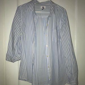 Dressy/casual button down shirt